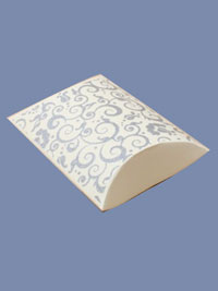 Pillow Pack / Cream with silver print pillow pack. 8.5x8x3cm
