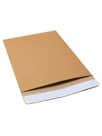 Envelopes / Natural brown kraft envelope. 21x15cm.