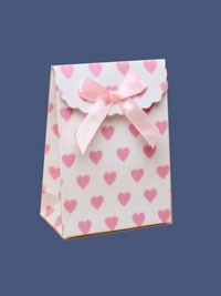 Gift Box / 10.5x7.5x4 Pink heart velcro top with ribbon bow.