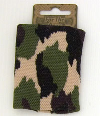 Boys camouflage knitted wristband.