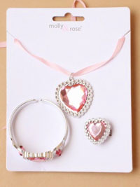 Set / Heart pendant necklace with bangle and ring.