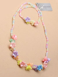 Necklace / Pastel seed bead flower cluster necklace and brac