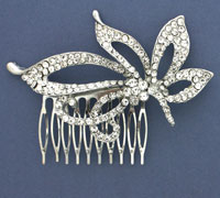 Comb / 5.5cm comb with large crystal flower motif.