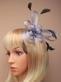 Fascinator / Maisy - Silver coiled net and feather.