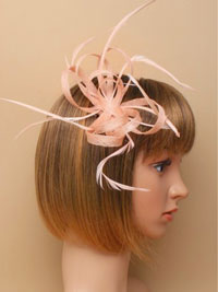 Fascinator / Oriel - Nude Looped hessian fascinator.