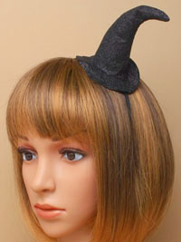 Halloween / Black glitter witches hat on a satin aliceband.
