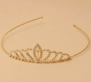 Tiara / Gilt graduated arches crystal tiara.