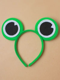 Fancy Dress /  Green Frog eyes aliceband.