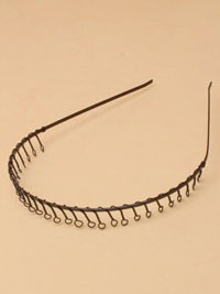 Aliceband / Black metal headband with wire comb.