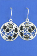 SILVER EARRING, GREY SHELL/ONYX
